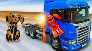Трансформеры в видео для детей - Бамблби и грузовик Десептиконов!