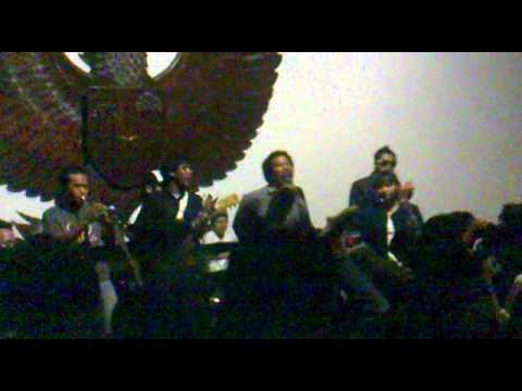 Sri Plecit - Monkey Man (live at New Age 2010)
