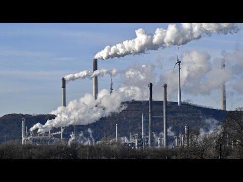 Συμφωνία στο Ευρωπαϊκό Συμβούλιο για μείωση εκπομπών αερίων 55% ως το 2030…