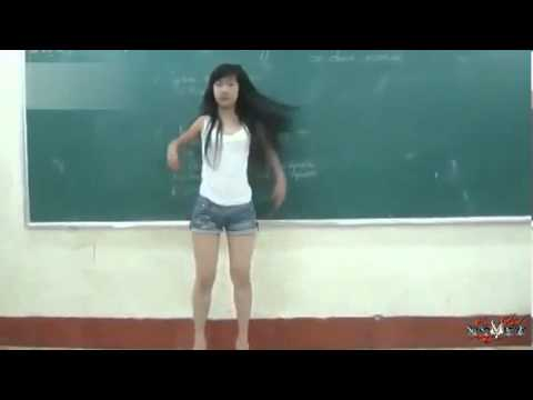 小美女热舞1