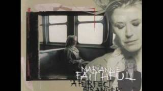 Marianne Faithfull - Hang on to a dream