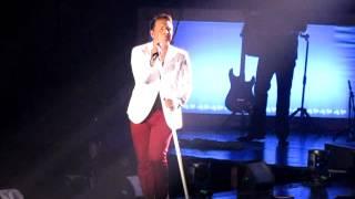 Kicking Stones - Johnny Reid