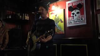 KJ Jansen (Chixdiggit) - Geocities Kitty // Rosignano, Old England Pub 19.10.2015