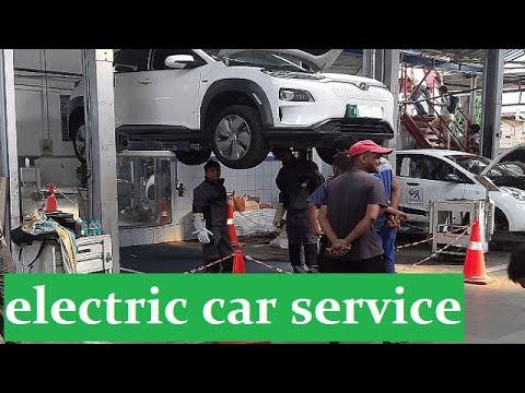 electric car maintenance service // EV गाडी कैसे service होता है 360volt battery
