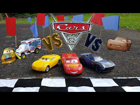 🏰 Disney Cars 3 Toys 🚗 Lightning Mcqueen vs 🚙 Jackson Storm vs 🏎 Cruz Ramirez  Race and Crashes