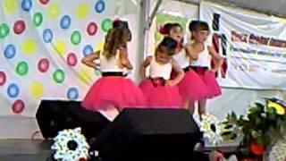 princess dancing to give me some lovin.AVI