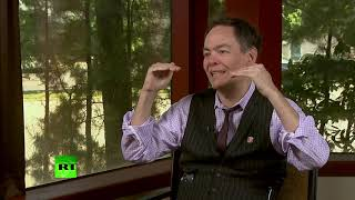 Keiser Report: Desperate tweets of deglobalization (E1388)