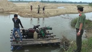 Tin Tức 24h: Quảng Ngãi truy quét bè hút cát trộm sông Trà Khúc