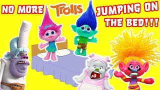 Trolls Jumping On The Bed Game! Poppy, Branch, Bridget, Bergen Chef, DJ Suki, Learn Counting Numbers