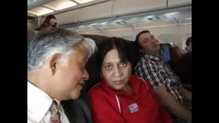 preview picture of video 'Aruna & Hari Sharma flying Lufthansa from Bilbao to Arlanda via Frankfurt Dec 29, 2012.mov'
