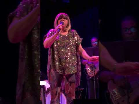 "Deniece Williams Live, ""Silly"" - 4.28.18:)"