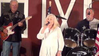 Cathy Windham sings Tonight Cowboy You're Mine at The Gladewater Opry 6 24 17