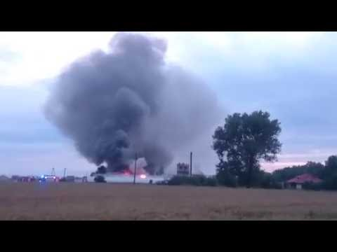 Wideo1: Spłonęła hala przy ul. Wilkowickiej w Lesznie