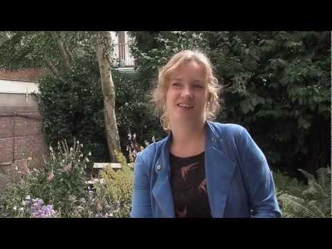 play video:Hermine Deurloo Glass Fish