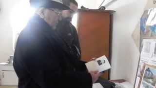 preview picture of video 'Alykul Osmonov museum in Bishkek: poor but dutiful'