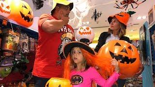 Родители ЗАБЫЛИ про Хэллоуин в Дубаи Настя ОБИДЕЛАСЬ привела всех в НЕОБЫЧНОЕ Место
