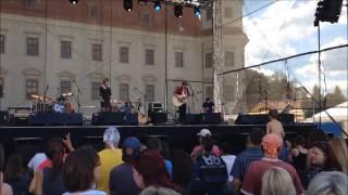 Video Markéta Vodičková & Filip Vítů - Something right (LIVE Holešovsk