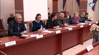 ОНФ, представители нескольких ЦРБ и местные жители обсудили ситуацию с шимским стационаром