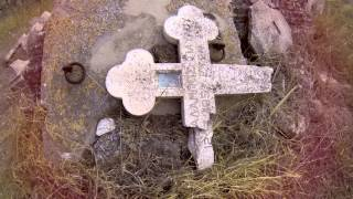 preview picture of video 'A sunday, Singrasi, The Church and Tombstones'