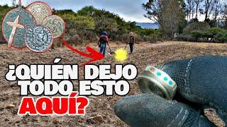 Encontramos INCREÍBLE Campo De RELIQUIAS Buscado TESOROS! - Cazando La Historia