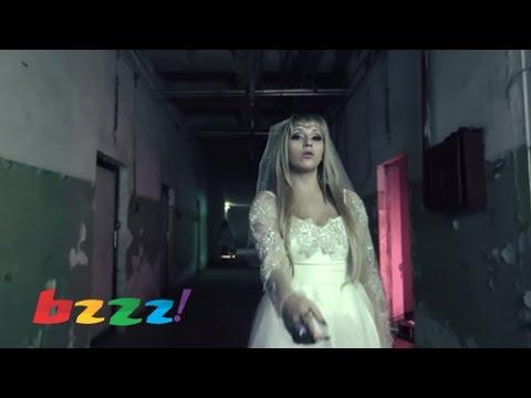 Rina Abdyli Ft Flaka Krelani, MC Kresha - Si Bass