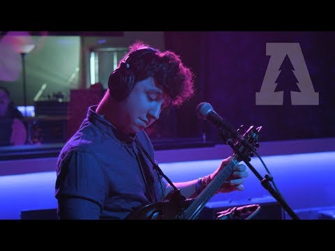 Honeysuckle - Canary | Audiotree Live