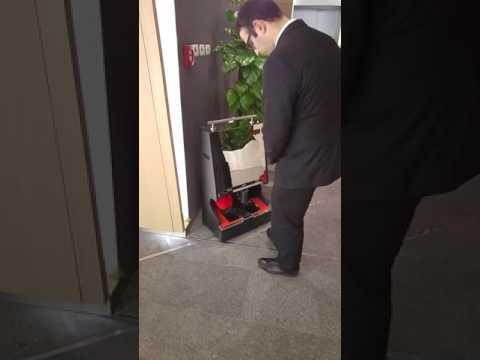 Ayakkabı Altı Temizlemeli Ayakkabı Cila ve Fırçalama Makinesi
