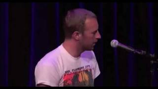 "Steve Jobs (Apple) tells Chris Martin of Coldplay to ""Keep Going"" & sing Wedding Bells (LoL) !! - HD"
