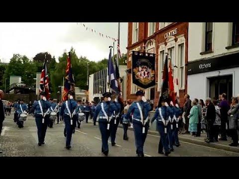 Βόρεια Ιρλανδία: Ειρηνικές παρελάσεις του Τάγματος της Οράγγης…