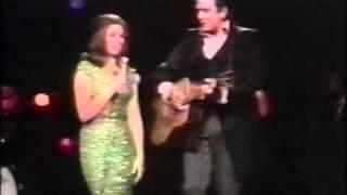 Johnny Cash & June Carter Cash - It Ain't Me, Babe [Johnny Cash Show]