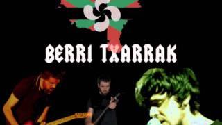 "Video thumbnail of ""Laku bat munduan- Berri Txarrak"""