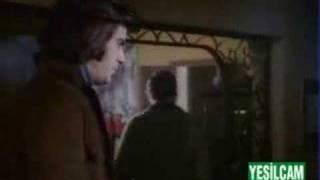 Yazık Oldu Yarınlara - Boşver Arkadaş Filminden (Tarık Akan)