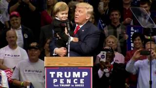 Parents Or Donald Trump? Little Kid At Trump Rally Chooses To Stay With Trump   FNN