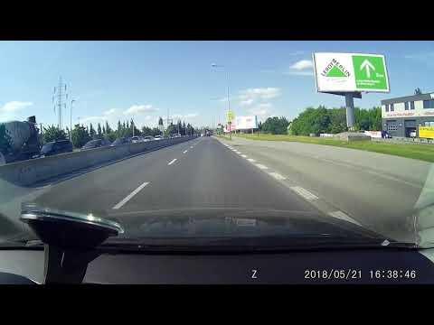 Kaczuszki na drodze