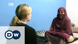 Selling sex in Pakistan can mean death | DW News