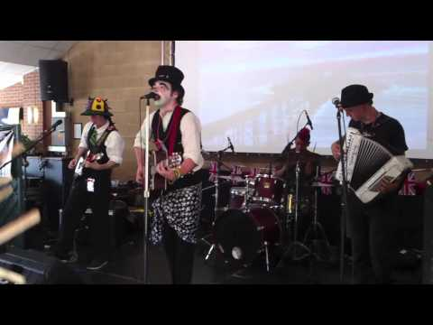 He's The Devil - Tom Holder and the Railway Sleepers - Scrumpstock 2012