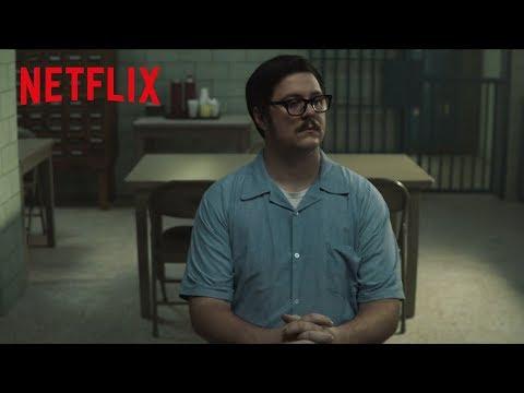 Video trailer för MINDHUNTER   Cameron Britton Transforms Into Disturbed Killer Ed Kemper   Netflix