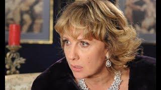 Елена Яковлева показала себя до пластики и попросила вынести вердикт: «Как считаете, изменилась?»