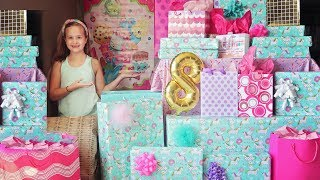 Leahs 8th Birthday Morning Opening Presents! 🍩