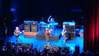 Descendents - Van (live)
