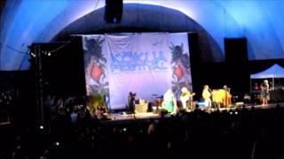 Ziggy Marley, Jack Johnson & Paula Fuga -  Cry, Cry, Cry @ Kokua Festival 2010