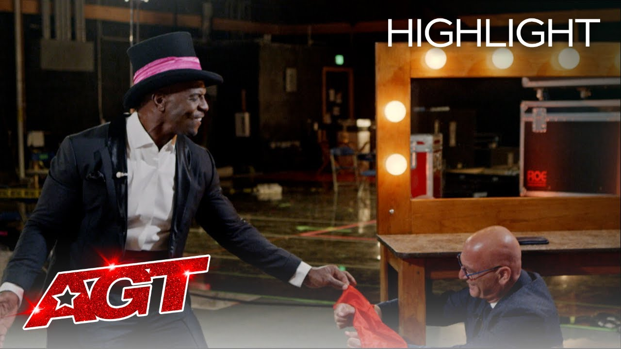 Mat Franco Teaches Terry Crews the Secrets to Being a Magician - America's Got Talent 2020 thumbnail