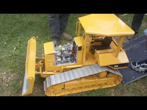 Miniature bulldozer