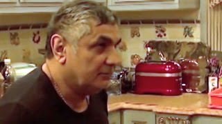 """Russia's """"King of the Underworld"""" nabbed when cops raid his luxurious Moscow mansion   вора в законе"""