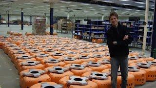 Amazon Warehouse Robots : Mind Blowing Video