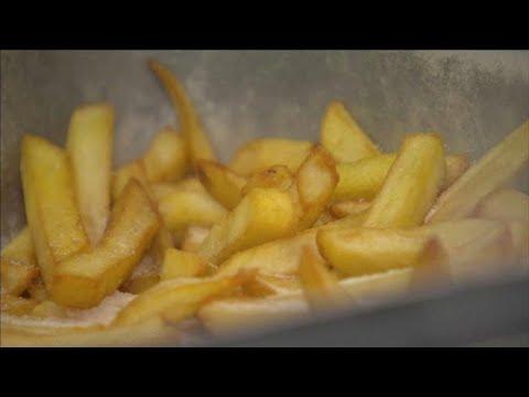 """Ο κορονοϊός """"έπληξε"""" και τις βελγικές πατάτες"""