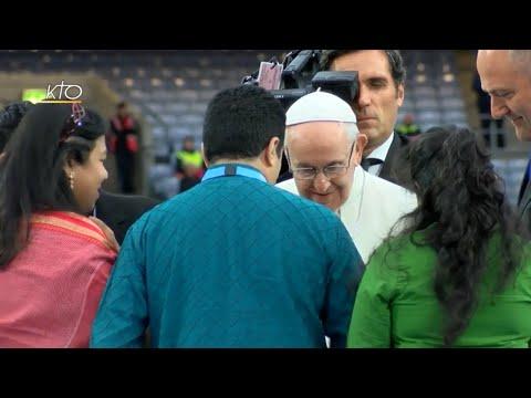 Avancer malgré les blessures: le message du Pape en Irlande