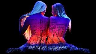 Ультрафиолетовый боди-арт