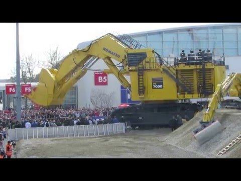 Massive PC 700 Komatsu at Bauma 2016 Equipment Display - Messe München