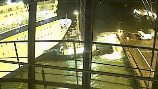 This is why ships use tugboats